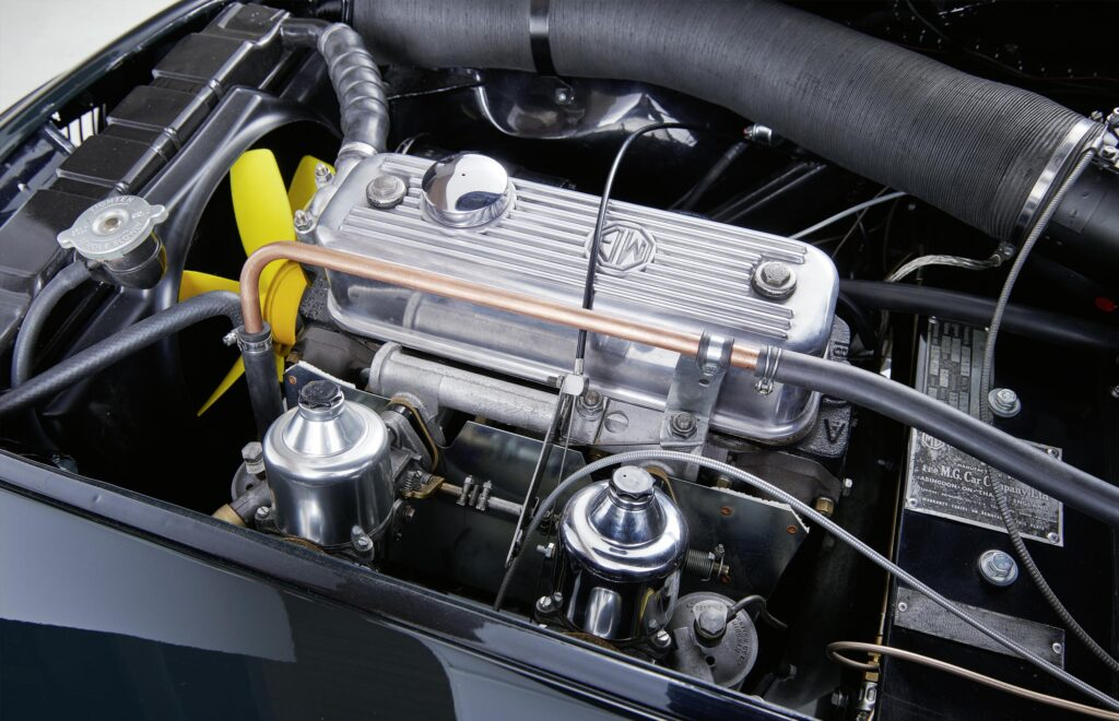 MGA-motor-komplettansicht