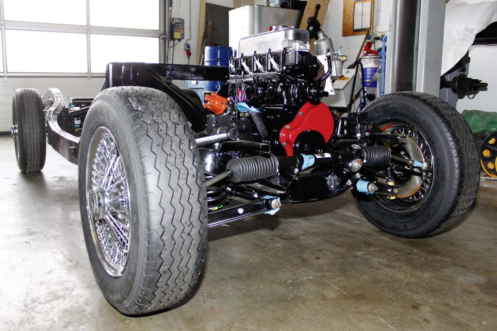 MGA während der Restaurierung, Fahrgestell mit Motor