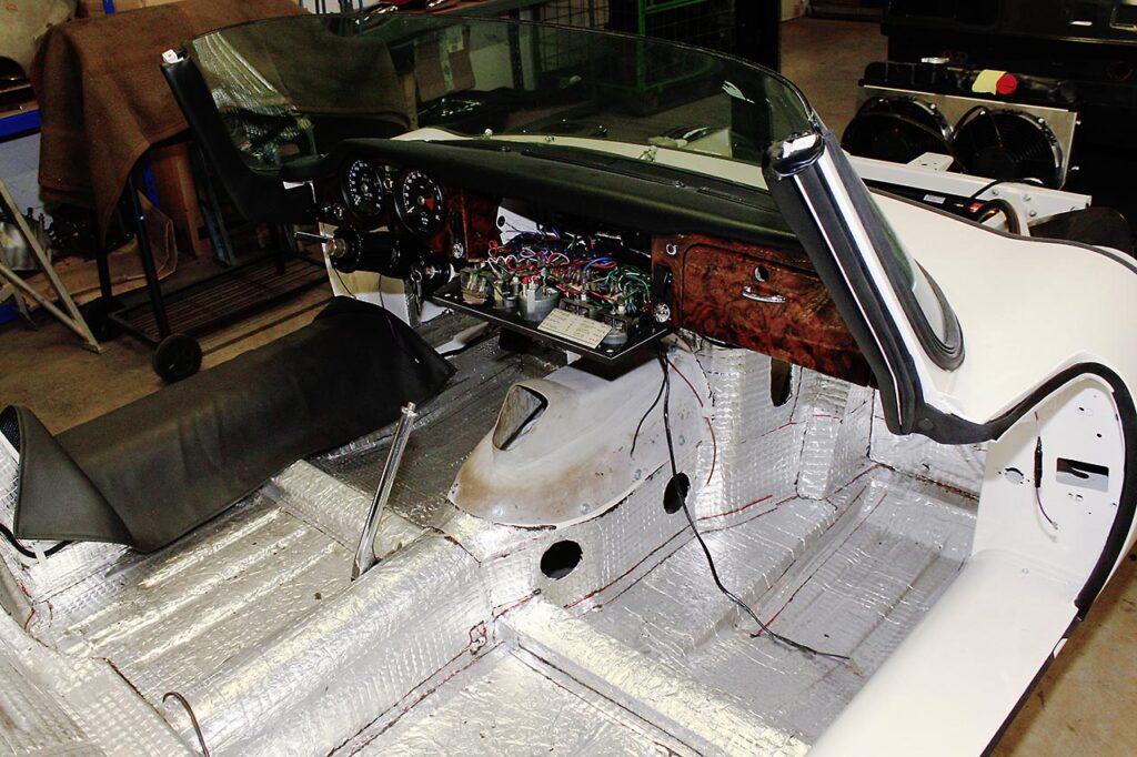 Jaguar-E-2021-01-25_11-40-34