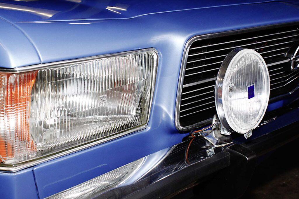 Opel-Rekord-Restaurierung-Front-2